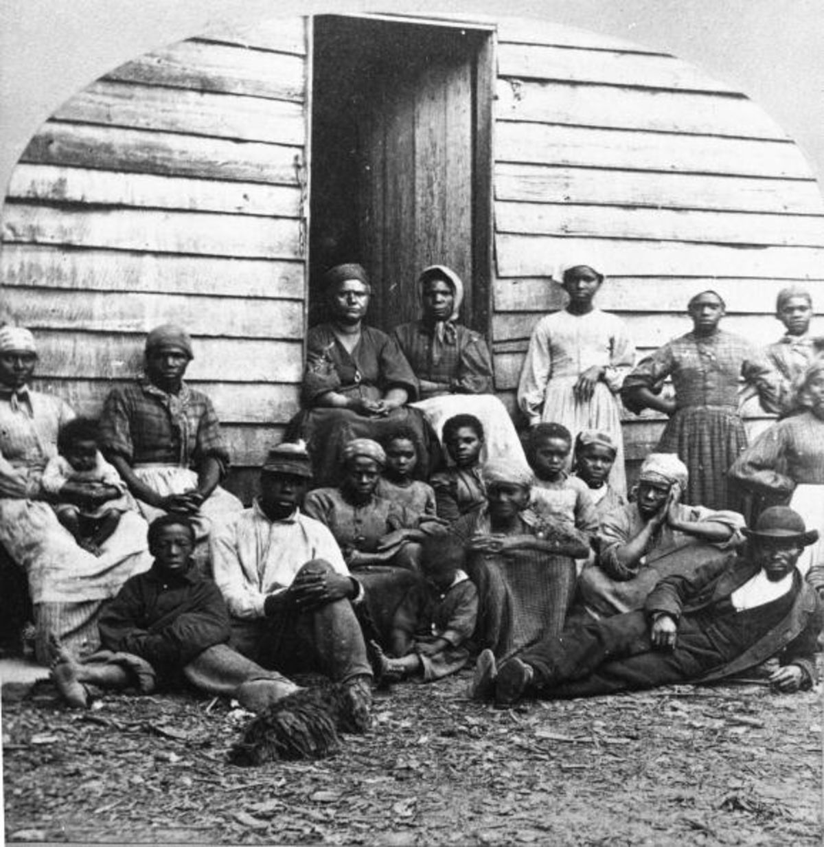 were slaves free after the civil war There was this story, always, that after the civil war, the freed slaves had been sort of ill-equipped for freedom and had been inclined to lawlessness and that that was the justification for why the white south had moved so aggressively to re-subjugate african-americans.