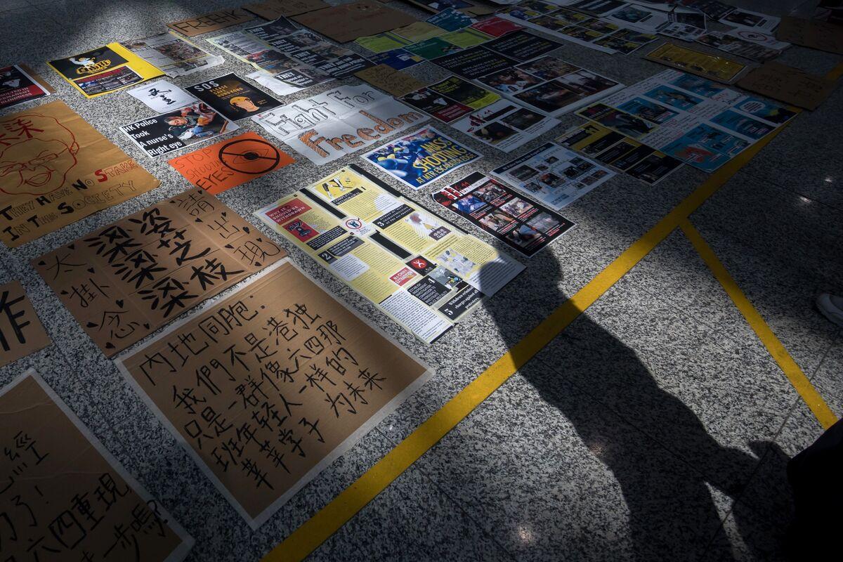 Hong Kong Protesters Plan a Virtual Rally During Virus Outbreak