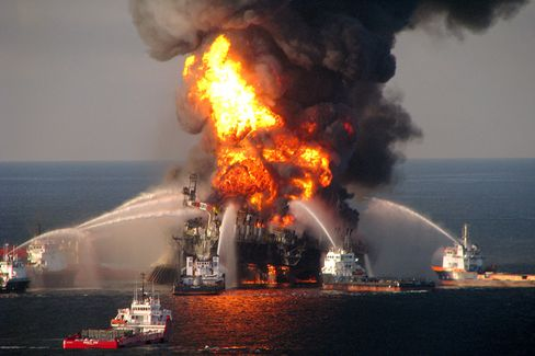 Behind a BP Engineer's Arrest in the Oil Spill Probe