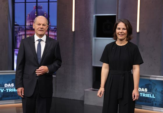 Scholz Is Ready to Turn the Page for Germany inCoalition With the Greens