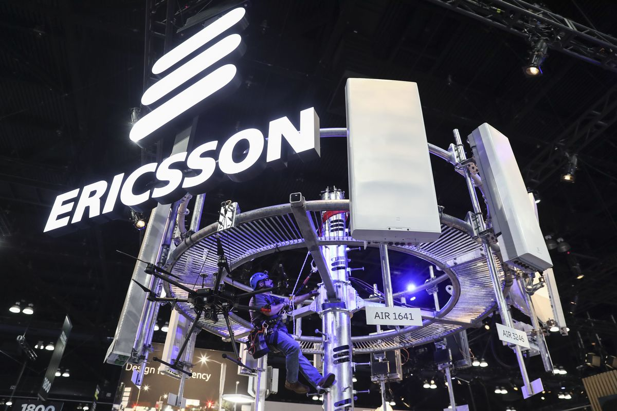 Ericsson Stockpiles to Supply BT, Rivals After Huawei 5G Ban