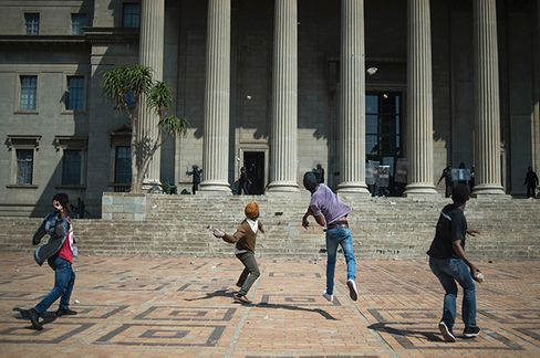 Students from the University of the Witwatersrand protest