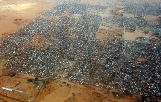 Kenya Plans End of 210,000 Strong Refugee Camp Near Somalia