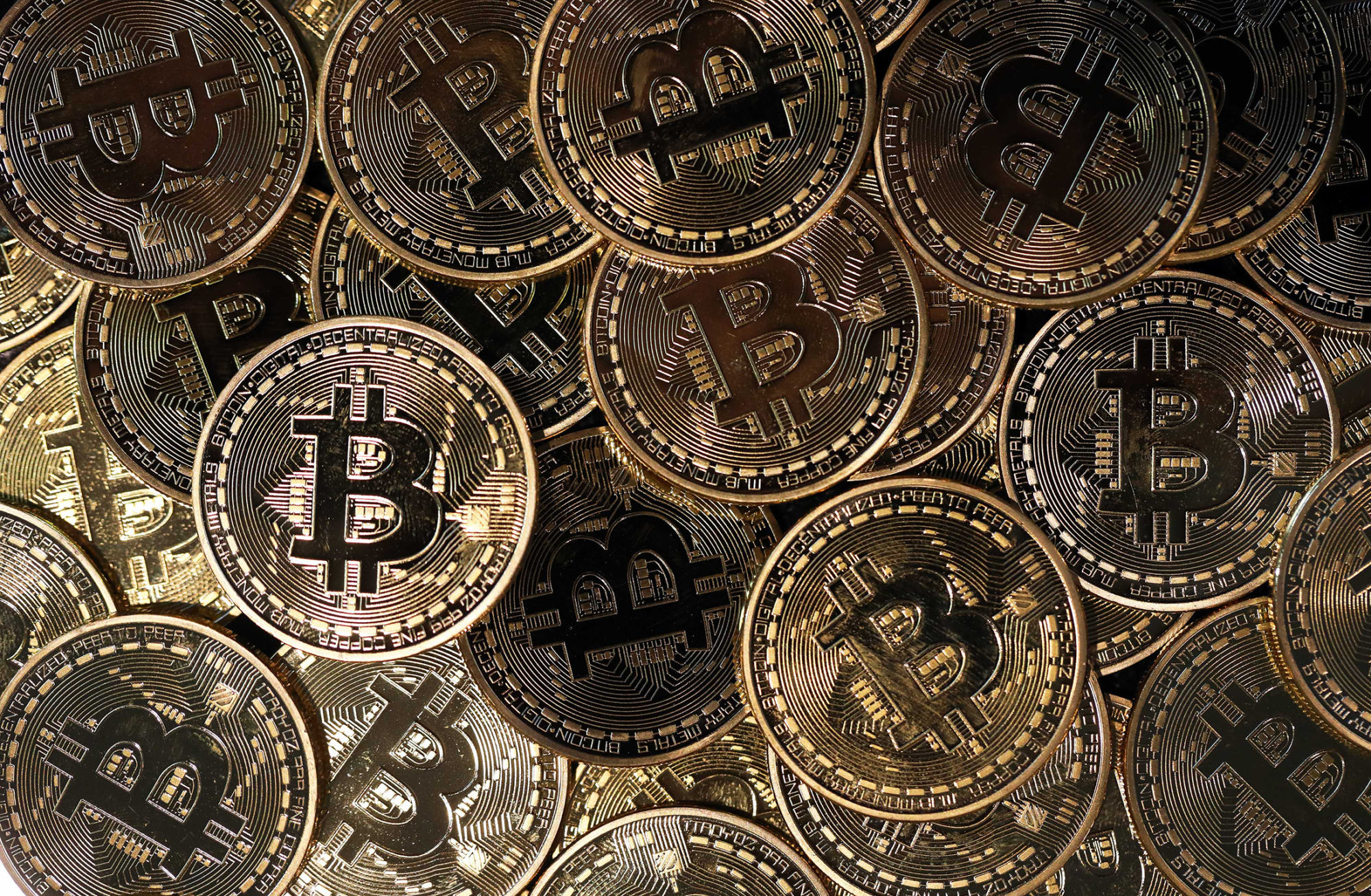 MicroStrategy to Raise $12 Million to Buy Even More Bitcoin ...