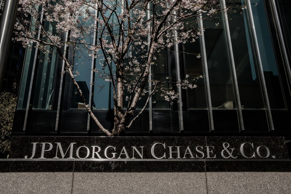 JPMorgan Will Pay $24 Million to End Lawsuit From Black