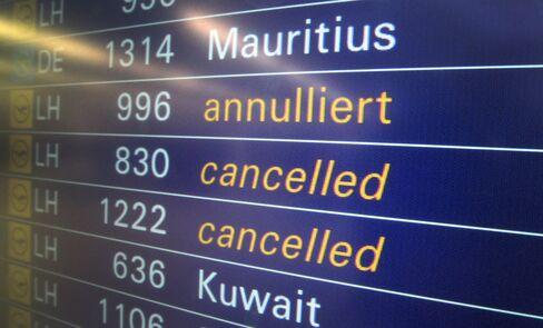 Frankfurt Airport to Cut 30% of Flights, Staff Extend Action