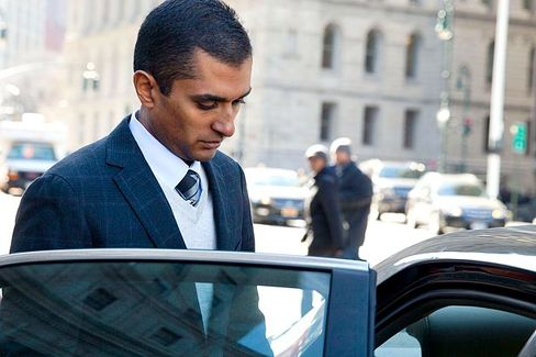 Ex-SAC Manager Charged in Trading Scheme Switches Lawyers
