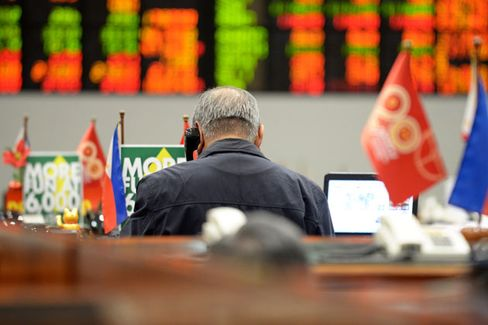 Behind the Rout in Emerging-Market Stocks