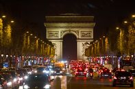 France Imposes Month-Long Curbs to Rein in Virus