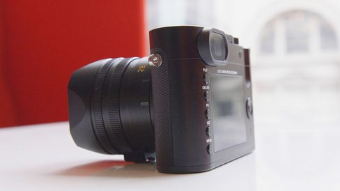 This is the first digital camera I've actually enjoyed shooting with manual focus.