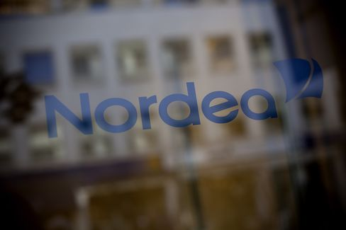 DNB, Nordea See Gain in Commerzbank Shipping Exit