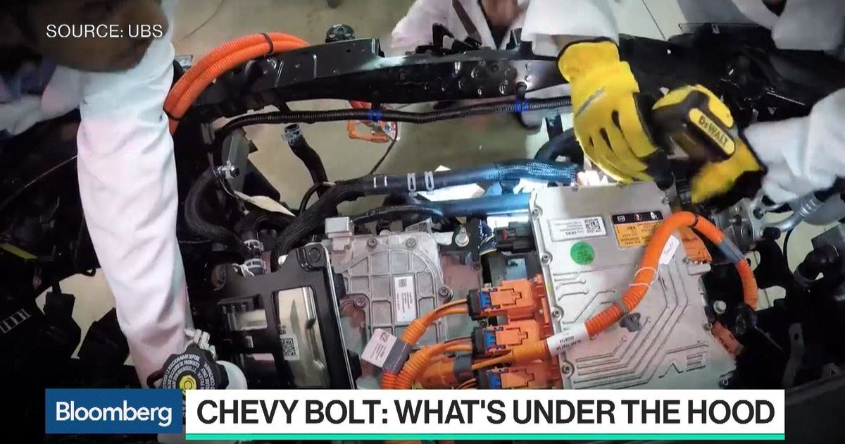 Going Under The Hood Of The Electric Chevy Bolt Bloomberg