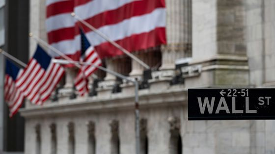 S&P 500 Tumbles Most in a Month on Virus Spread: Markets Wrap