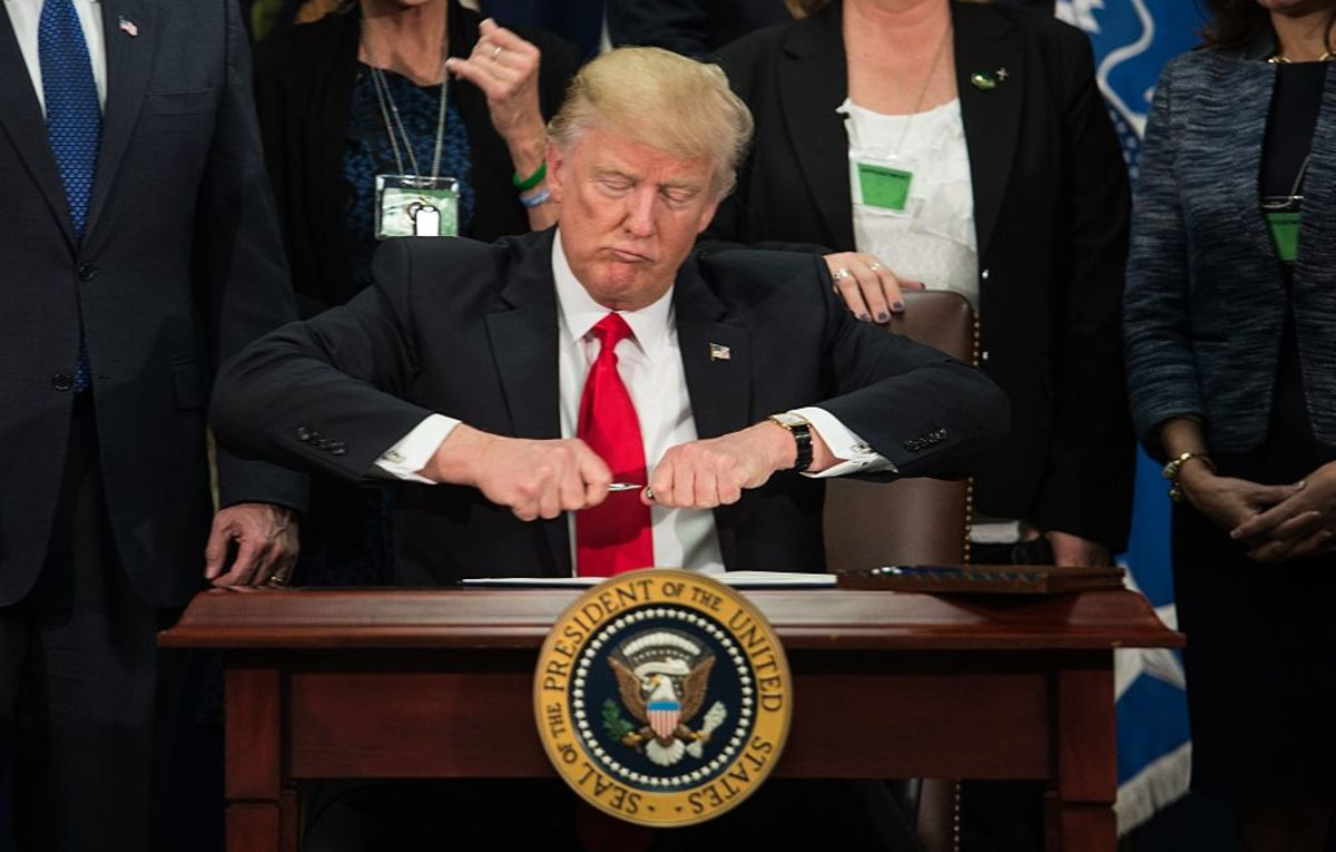 Trump's Pardoning Himself Would Trash Constitution