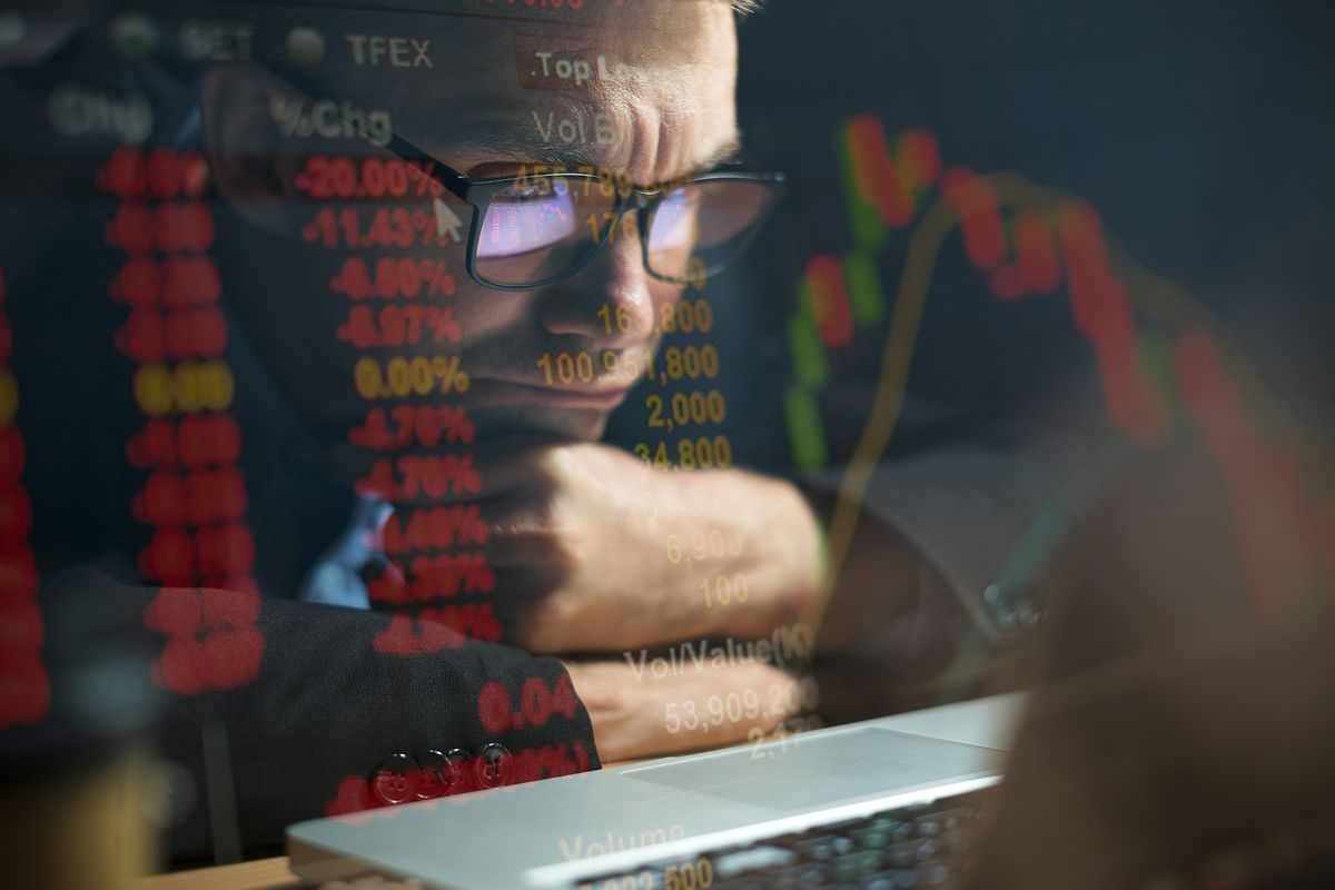 <p>Stock Market's Million Little Dramas Come Down to a Supply Glut thumbnail
