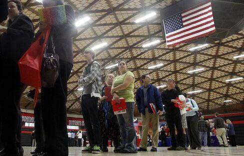 Jobless Claims in U.S. Decreased 1,000 Last Week to 367,000