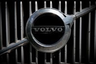 relates to Volvo Wants to Sell American-Made Sedans to Americans