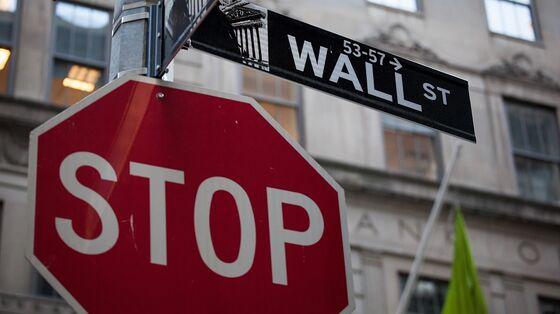 JPMorgan Joins Goldman in Cutting Profit Estimates for S&P 500