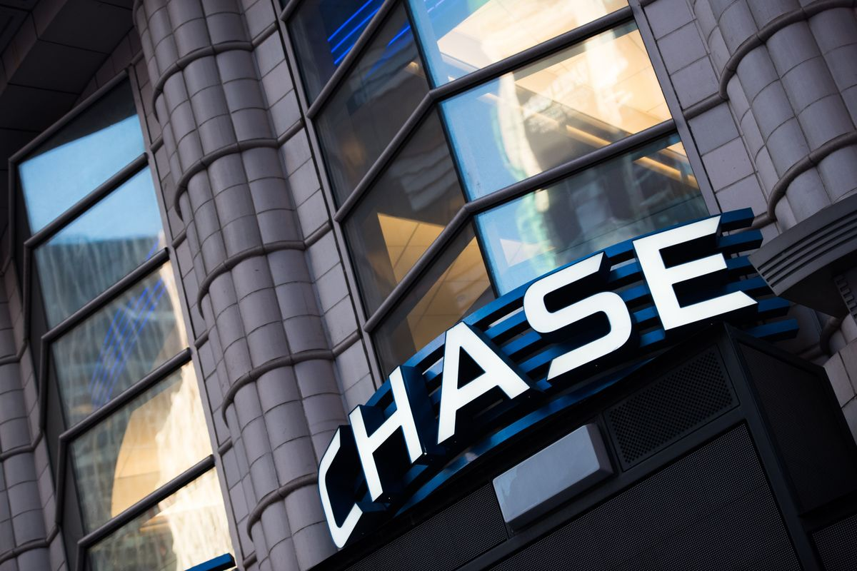JPMorgan Seeks to Reduce Office Space in Two Manhattan Towers