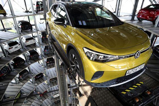 VolkswagenReadies 'Massive' Rejig to U.S. Plans on Biden's EV Shift