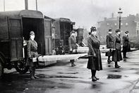 St. Louis, (Missouri) Red Cross Motor Corps on duty during Influenza epidemic.