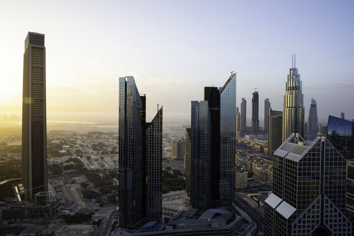 Dubai's Real Estate Slump Catches Up With the City's Finance Hub