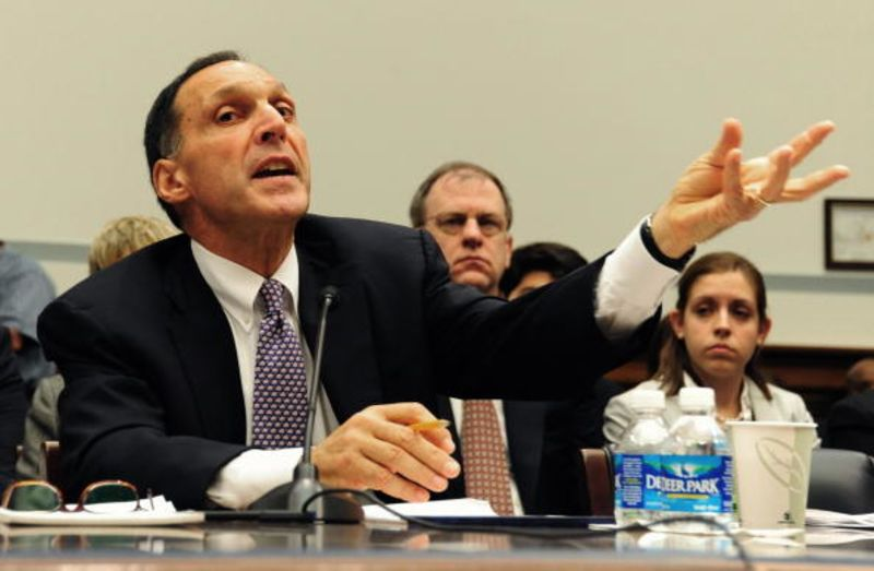 Fuld Fools Himself in Rejecting Blame for Lehman - Bloomberg