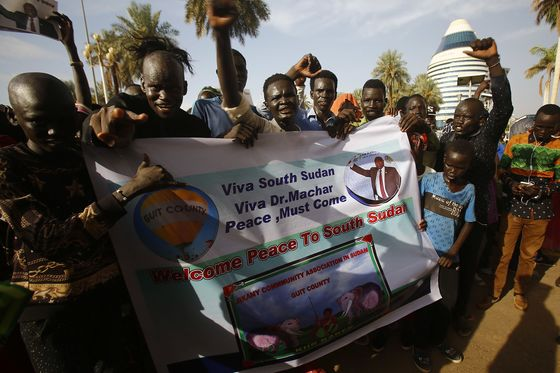 South Sudanese Vow to Stop Running as Peace Deal Calms Guns