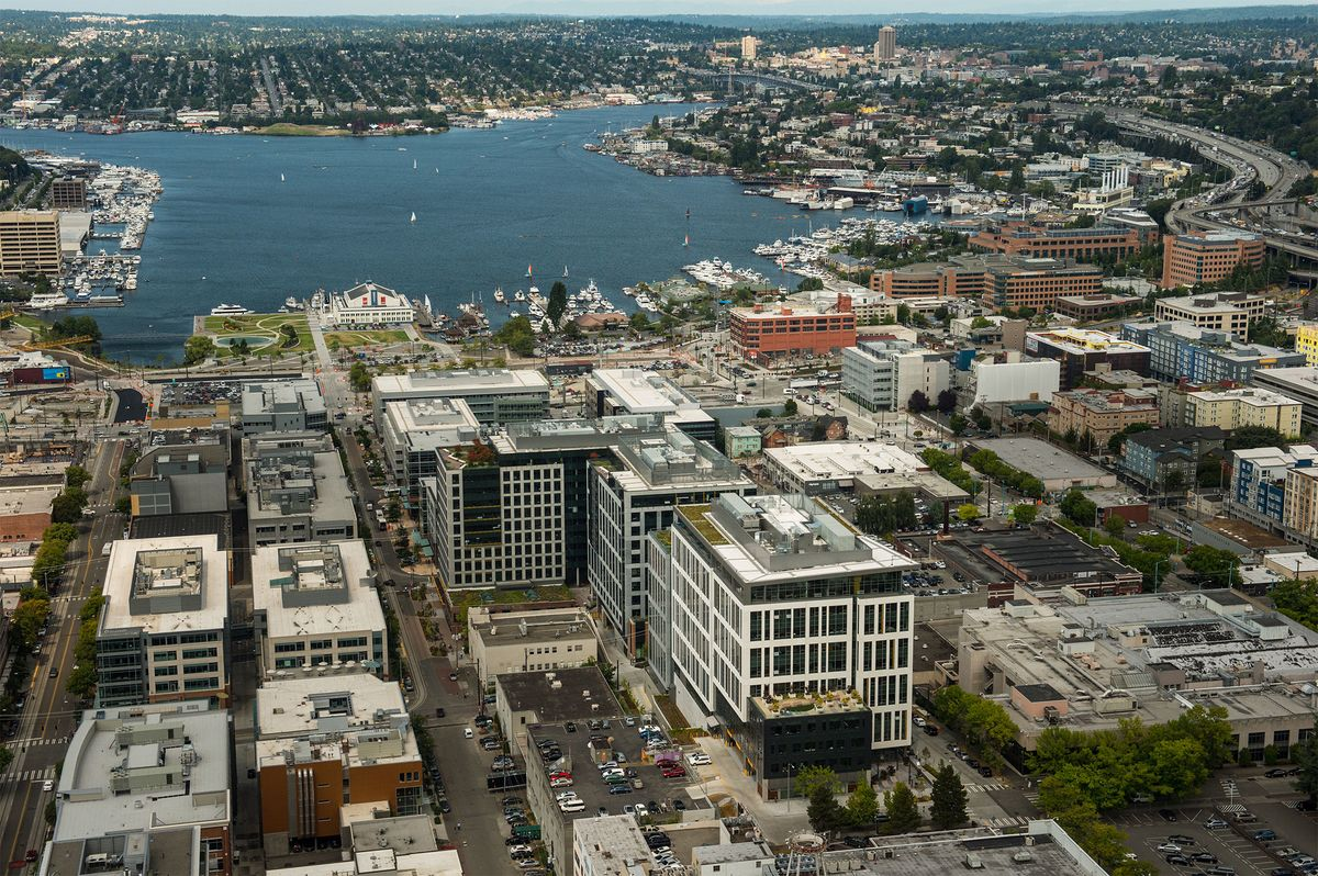 Apple to Expand Its Footprint in Seattle With Office Lease