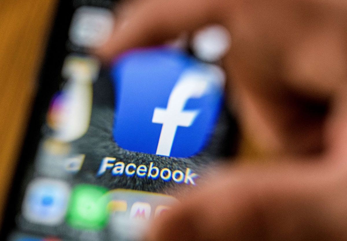 Facebook to Limit Reach of Personal Accounts That Spread Misinformation