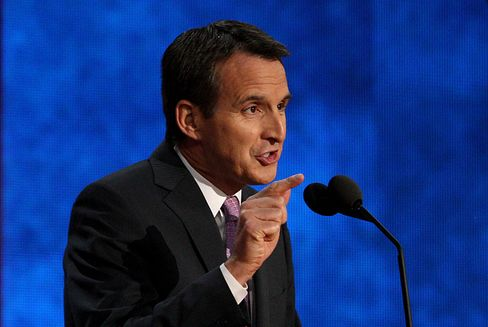 Wall Street Critic Pawlenty to Head Financial Services Lobby