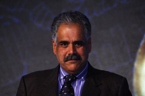 Profile Of  Managing Director Of InterGlobe Enterprises Rahul Bhatia