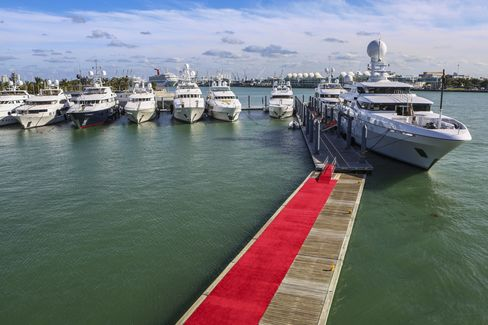 Natita, on the right, is in its own ultra-expensive echelon for charters: $476,000 a week.