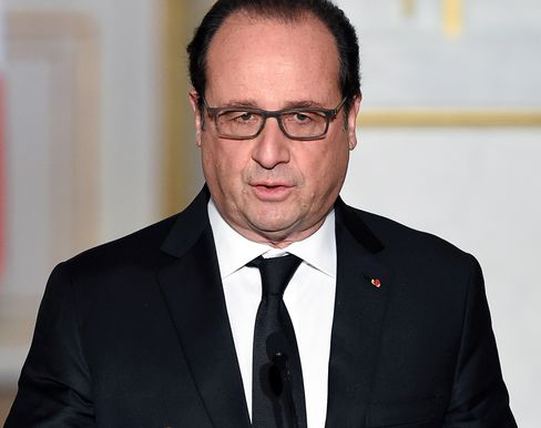 French President François Hollande speaks during a press conference with Italian Prime Minister Matteo Renzi at the Elysee palace in Paris on Nov. 26, 2015.