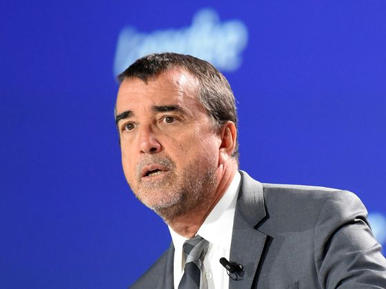 Vivendi Plans Bid for Lagardere to Create Media Giant