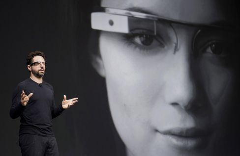 Google Glass Woos Developers to $6 Billion Wearable Market