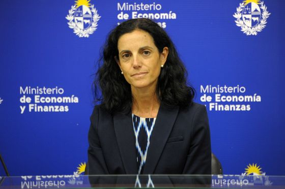 Uruguay Rejects Volatile Bond Market, Turns to Multilaterals