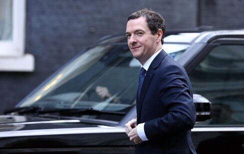 George Osborne arrives at Downing Street on Feb. 20