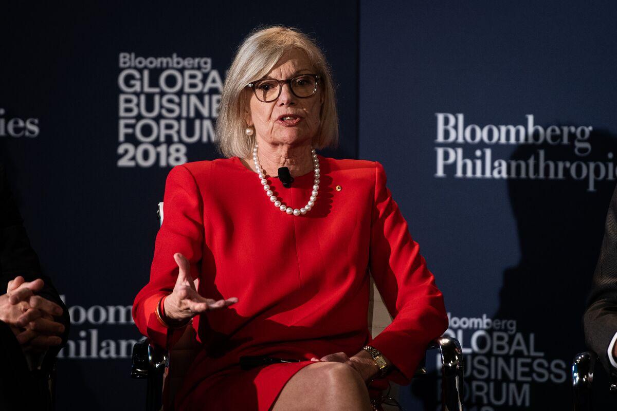 Ex-RBA Board Member Warns Covid Impact Will Linger in Economy