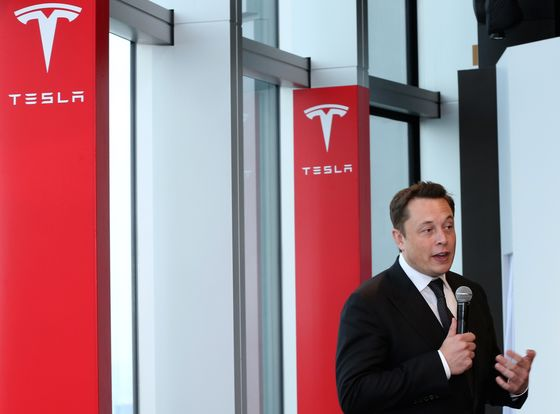 Tesla Is Rejected by One Class of Investors Who Should Love It