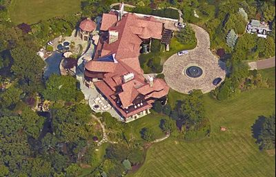 Robert Mercer's home on Long Island.