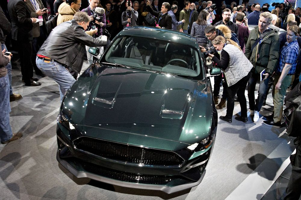 Best New Cars Trucks SUVs At Detroit Auto Show Bloomberg - Mustangs unlimited car show 2018