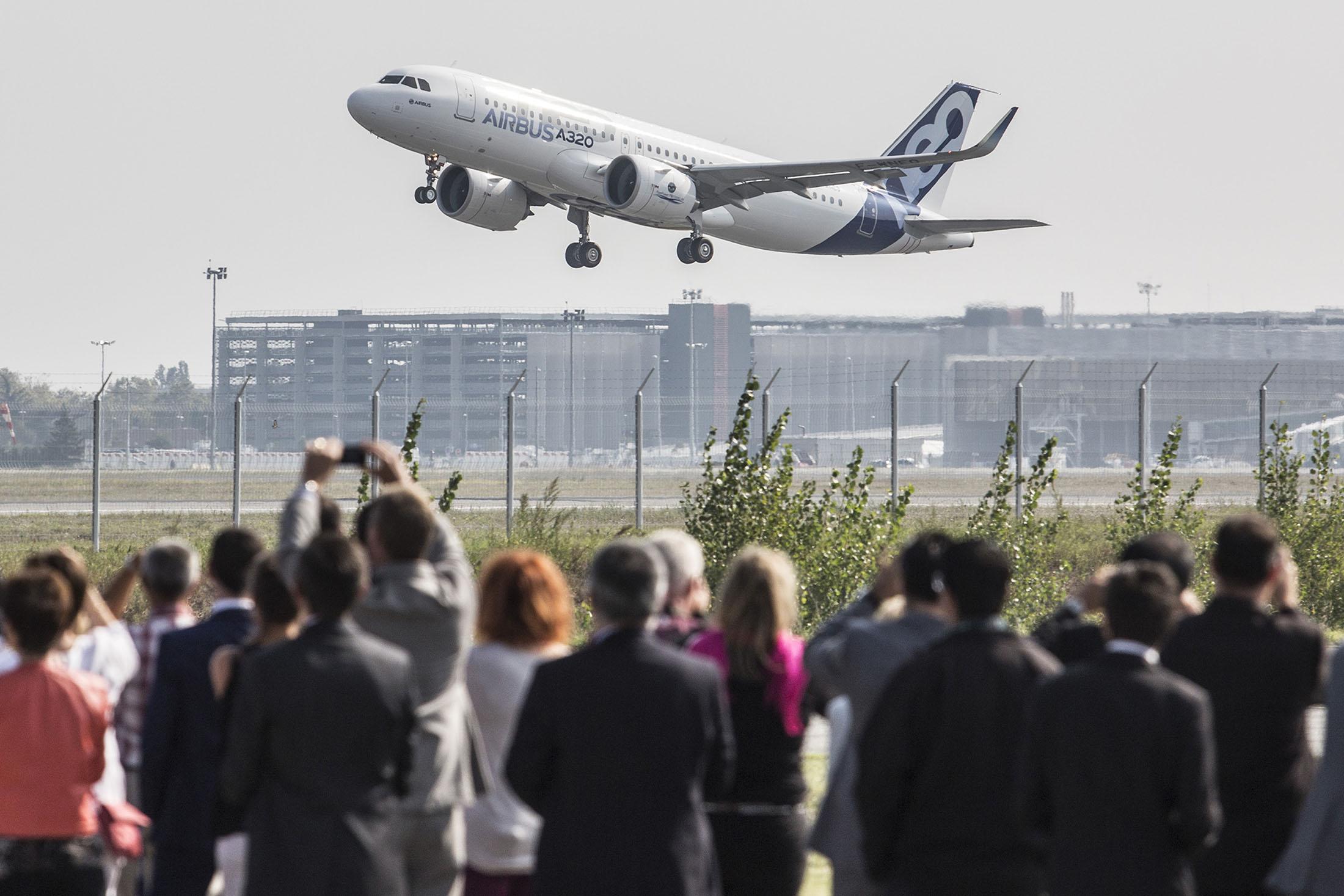 Airen Paris Stock Quote Airbus Se Bloomberg Markets