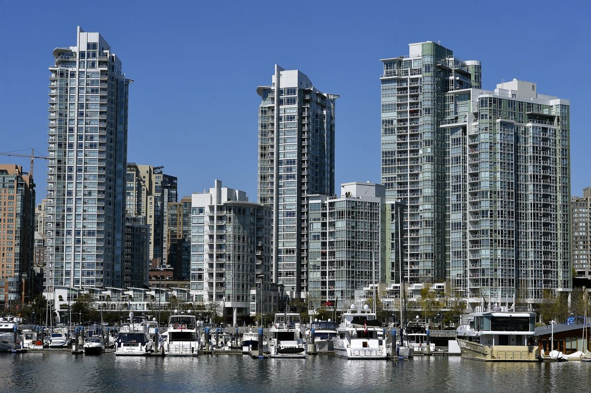 Wealth, Housing and Retail Show How Canada's Economy Is Healing thumbnail