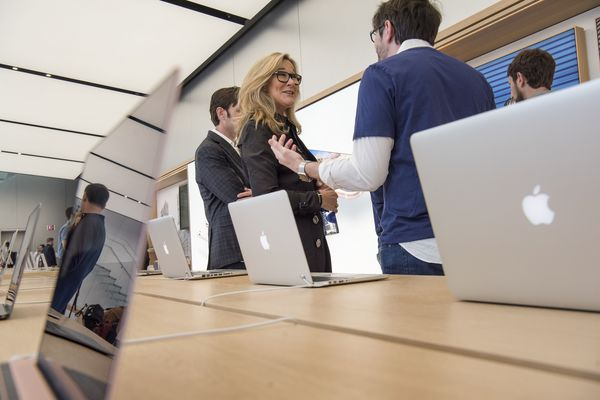 Inside The New Apple Inc. Flagship San Francisco Store