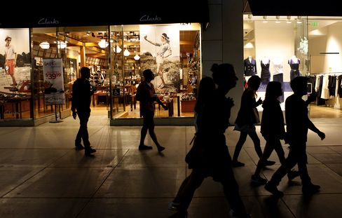 Consumer Confidence in U.S. Dropped to a Five-Month Low in June