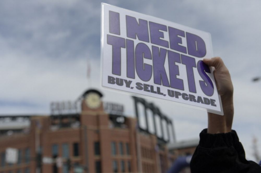 Ticketmaster Tries to Shove StubHub Out of the Way - Bloomberg