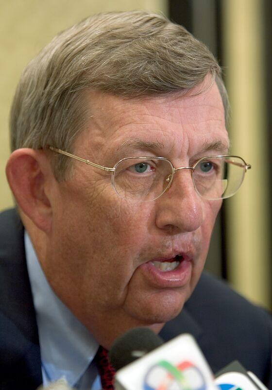 JPMorgan Shareholders Bat Down Attempts to Remove Directors