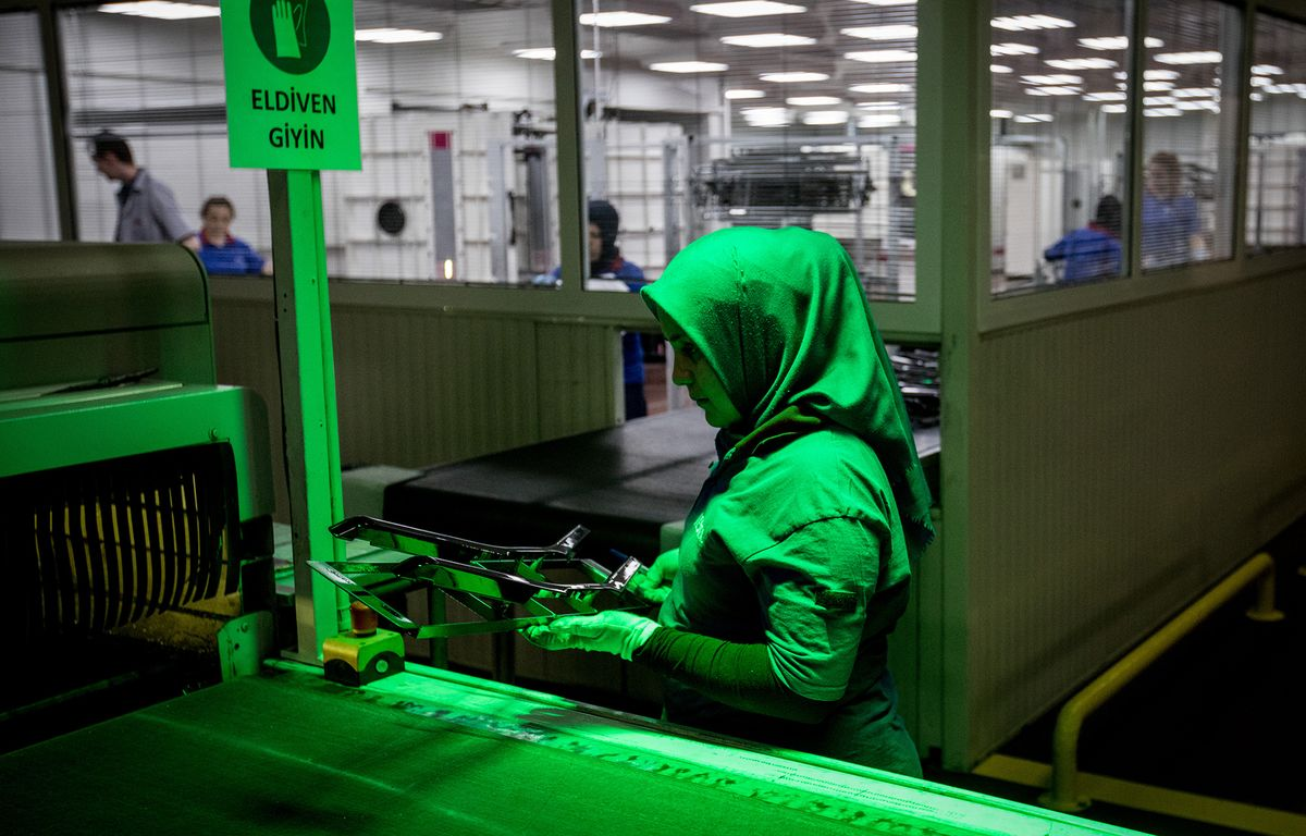 Turkish Factory Output Slump Shows Growth Woes Are Far From Over