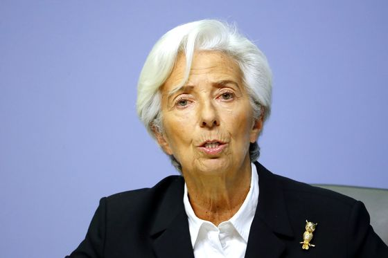 ECB's Lagarde Warns Coronavirus Adds to Economic Uncertainty